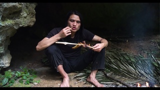 Man and MacheteSix months of survival in the tropical rainforest, episode 6