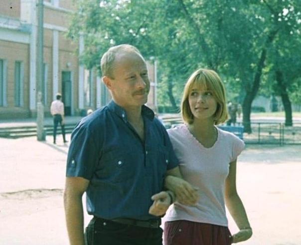 Вера Глаголева и Виктор Проскурин... На съемках какого фильма сделан этот кадр .Спасибо за и подписку