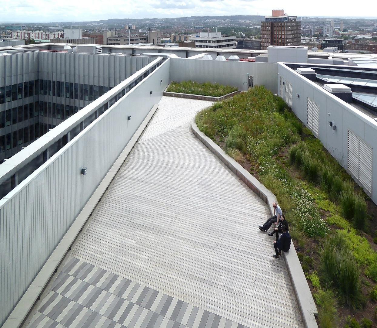 City of Glasgow College by RankinFraser Landscape Architecture