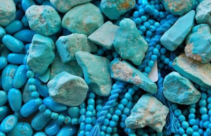 Бирюза - украшение для избранных и камень удачливых