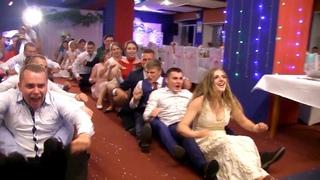 Танцевальный батл на свадьбе (свадебное видео) 결혼식에서 춤을