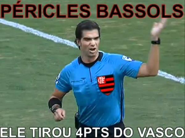 PREJUDICADO Vasco x Flamengo CBF GLOBO Árbitro Péricles Bassols Campeonato Brasileiro 2011