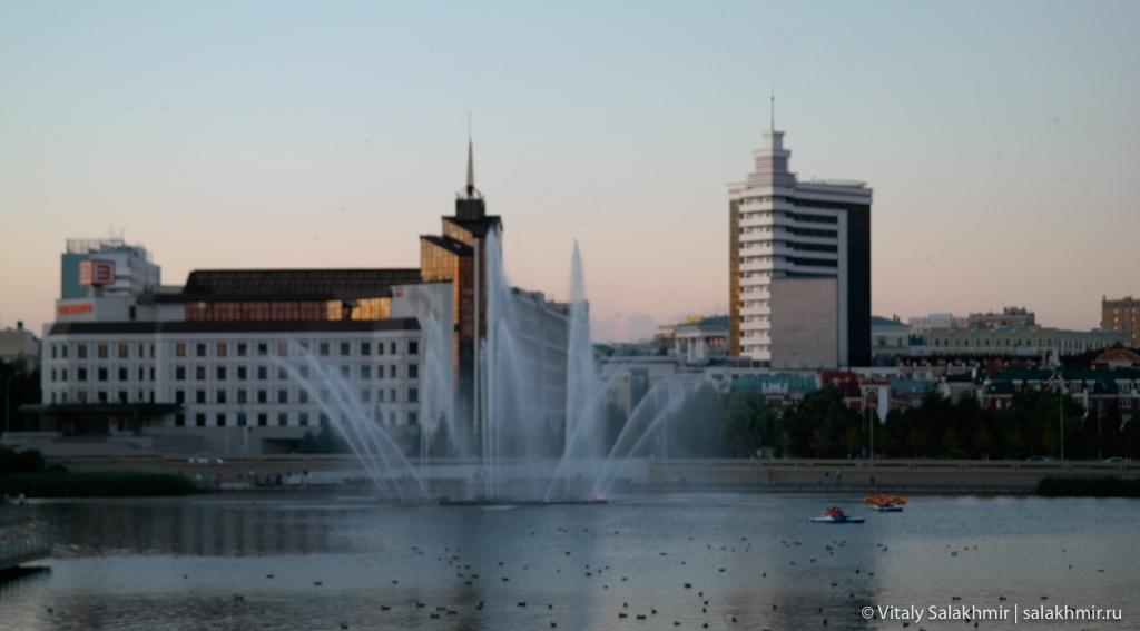 Фонтан на озере Кабан, Казань 2020