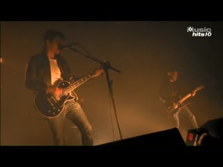 Arctic Monkeys - Live at festival Rock en Seine 2011