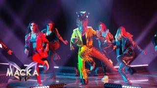 И танцует, и поет: заводной Крокодил вскружил головы всему залу!