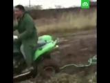 Как НЕ НУЖНО вытаскивать авто из грязи