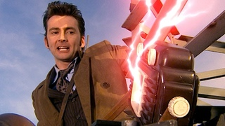 End of Transmission! (HD) | The Idiot's Lantern | Doctor Who