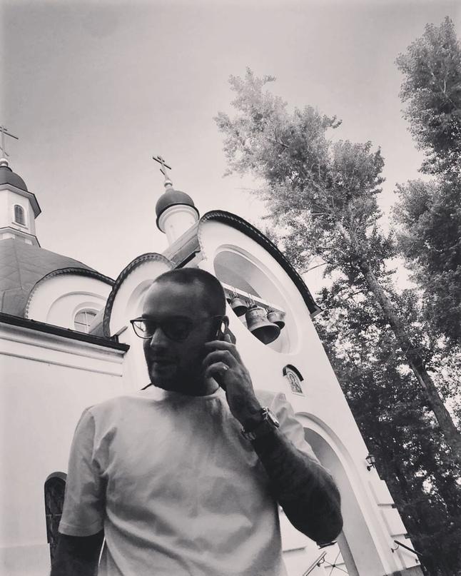 Алексей Долматов: Original: http://www.instagram.com/p/ByWHuv1HG_G
