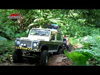 Scale Offroad Adventures at Durian Loop: SCX10 Clod Buster Defender 90 Wraith Gelande Honcho mudding