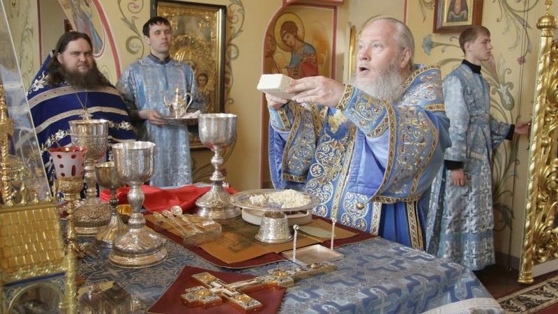 Престольный праздник Благовещенского собора Владыка Иосиф возглавил богослужения 2012 год