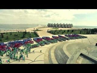 Флешмоб в Баку  День флага