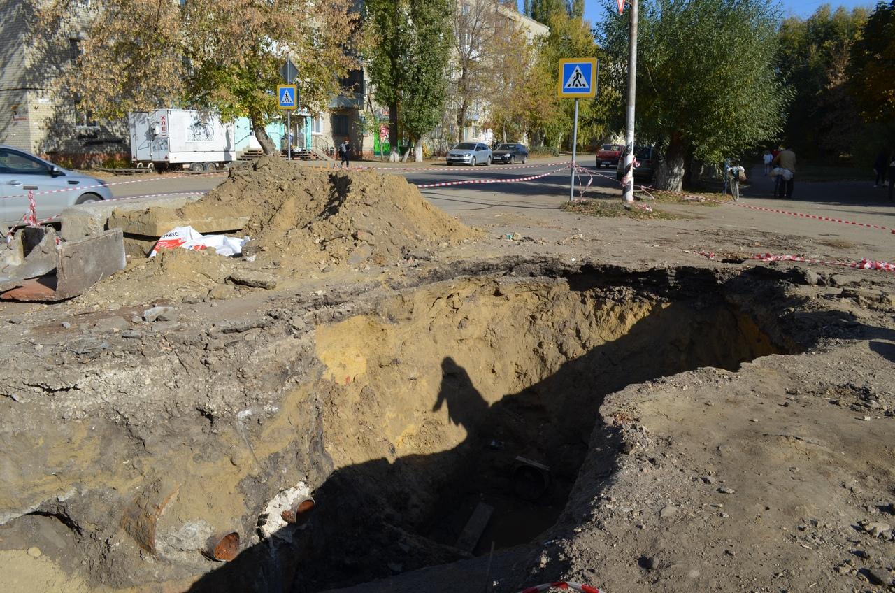 В Петровске проинспектирован ход ремонта сетей теплоснабжения