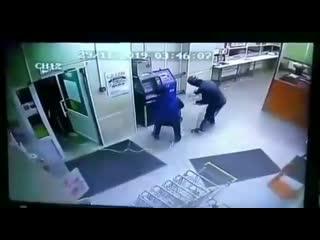 Ограбление со взрывом банкомата в поселке Товарковский Богородицкого района
