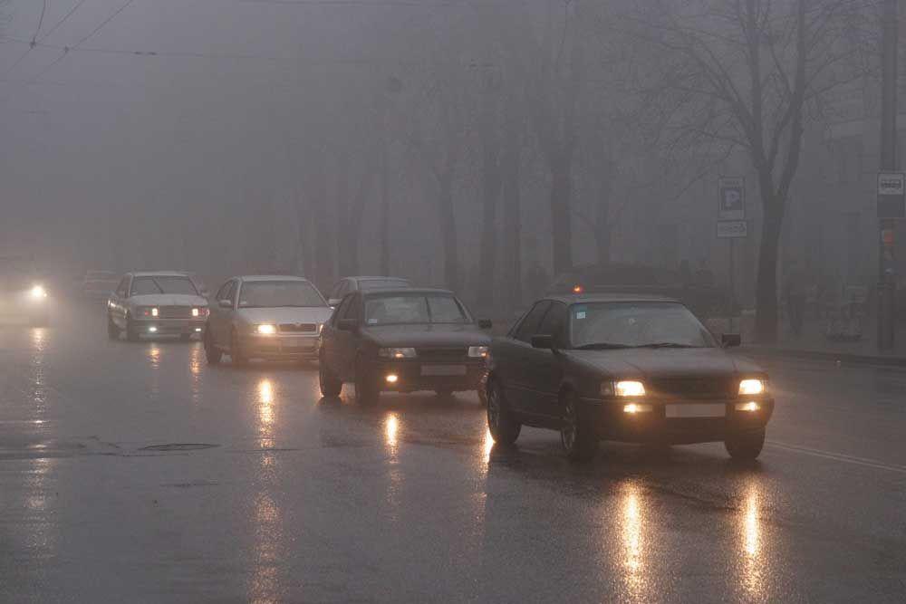 МЧС предупреждает курских автомобилистов о тумане
