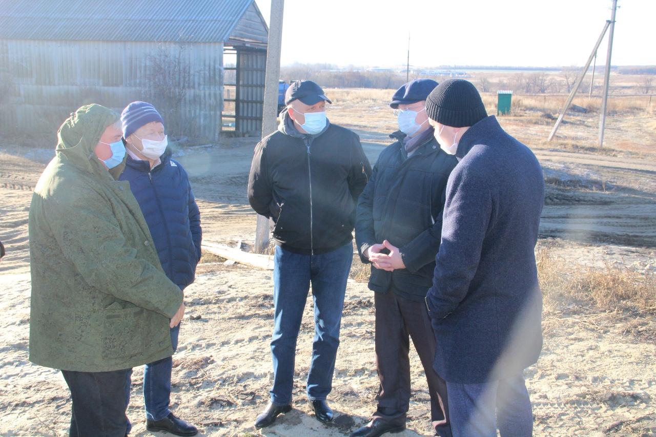 Глава района провёл рабочее совещание по вопросу подключения газа к сушильному комплексу СПК им. Чапаева