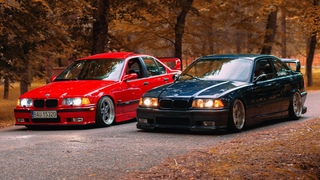 TWO STATIC BMW E36 GT CLASS | blue & red | JVKUB Media