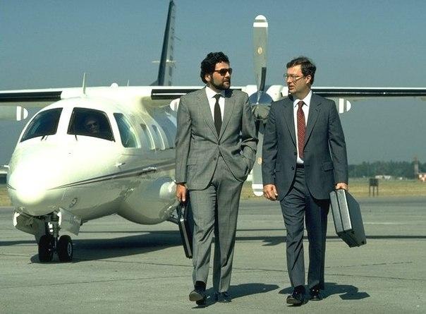 Встретились 2 бизнесмена:- Возьми моего раздолбая на работу!- Да нет