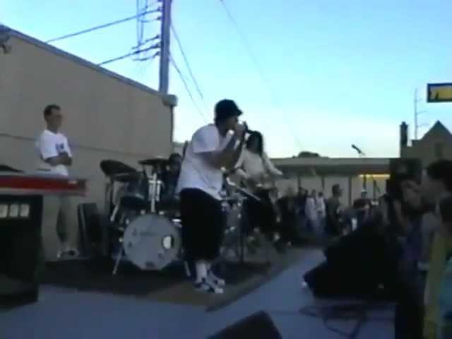 Limp Bizkit - 1997 Kancas City Parking Lot Of 7th Heaven