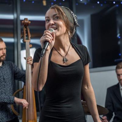 Анна Булатова