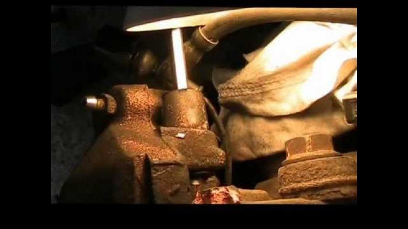 VW Golf 5 TDI Bremse Bremsanlage Bremsscheiben vorn und hinten wechseln tauschen ausbauen