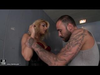 Ivory Bell (Elevator ambush)  anal Sex 21 Sextury