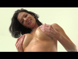 [ftvmilfs] lynn sharing her sexuality (11) [porno, natural boobs, ass, solo, mastrubation, public nudity, fetish toys, hd