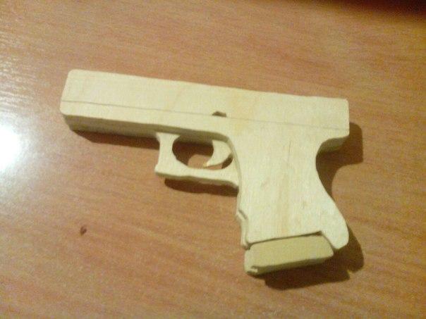 Обзор на Glock-18 в CS:GO | 453x604