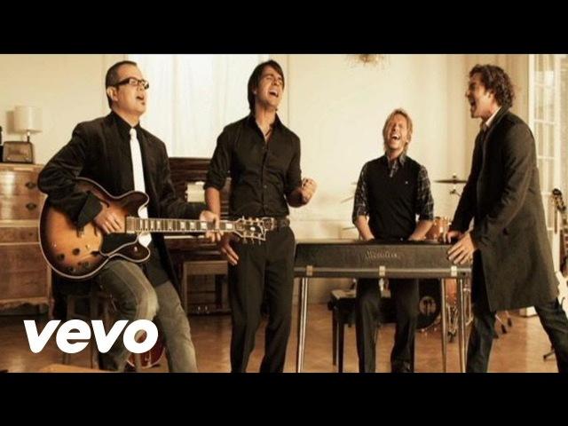 Luis Fonsi Aqui Estoy Yo Video Oficial ft Aleks Syntek Noel Schajris David Bisbal