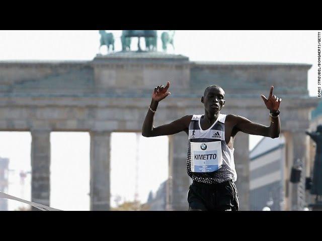 Dennis Kimetto 2 02 57 WR Berlin Marathon 2014