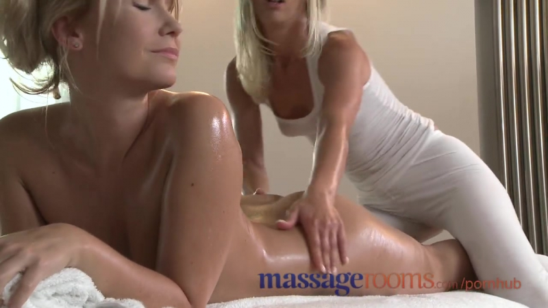 MASSAGE ROOMS SENSUAL LESBIAN ACTION LEADS TO TRIBBING AND INTENSE