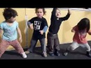 Маленькие Дети поют и танцуют Gangnam Styleю. Круть