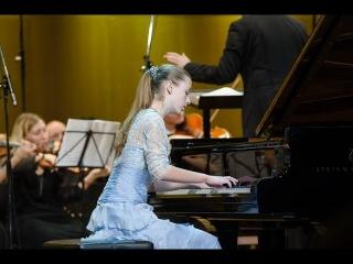Chopin Piano Concerto No 2- 2nd Mov  Anastasia Makhamendrikova