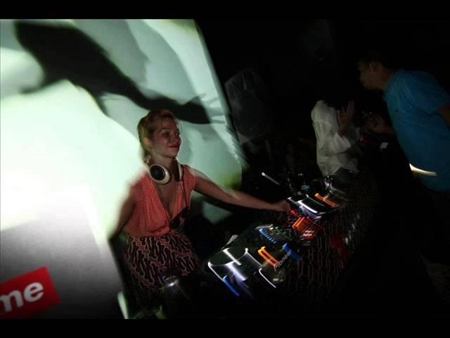Vonda7 Barryland Ruede Hagelstein Remix