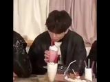 молочный коктейль и чонгук противостояние