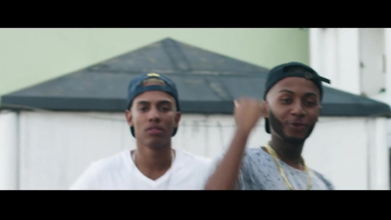 DJ Yago Gomes feat. MC Maneirinho, Orochi e DJ900 - Me Chama