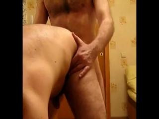 Русский мужик ебет пидора