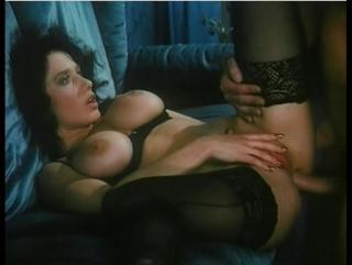 Paprika / Анальная паприка rus (Erika Bella) 1995, Feature, Vintage, Rape, Hardcore, MILF Teen, Mature Порно фильм с сюжетом