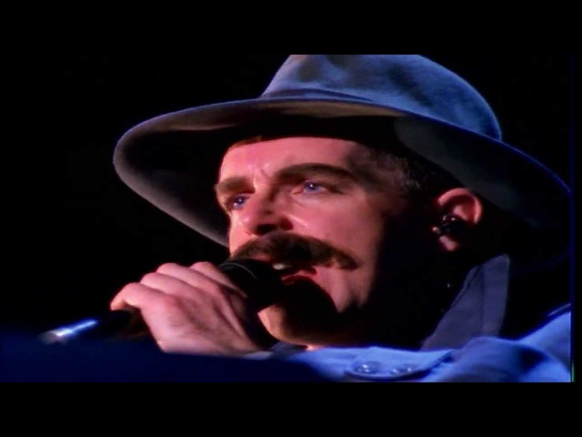 Pet Shop Boys Im Not Scared live 1991 HD