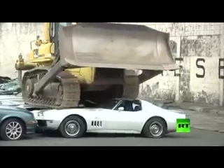 Philippines president collects cars belonging to corrupt politicians and smashes them in their presence. Dealing with corruption