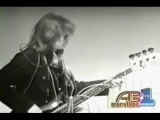 Jefferson Airplane - White Rabbit and Somebody To Love, American Bandstand, 1967.mp4