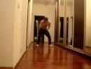 Парни, учитесь танцевать