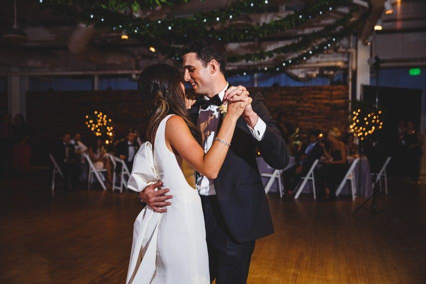 cY2FXBVjXRk - За и Против фаты на свадьбе