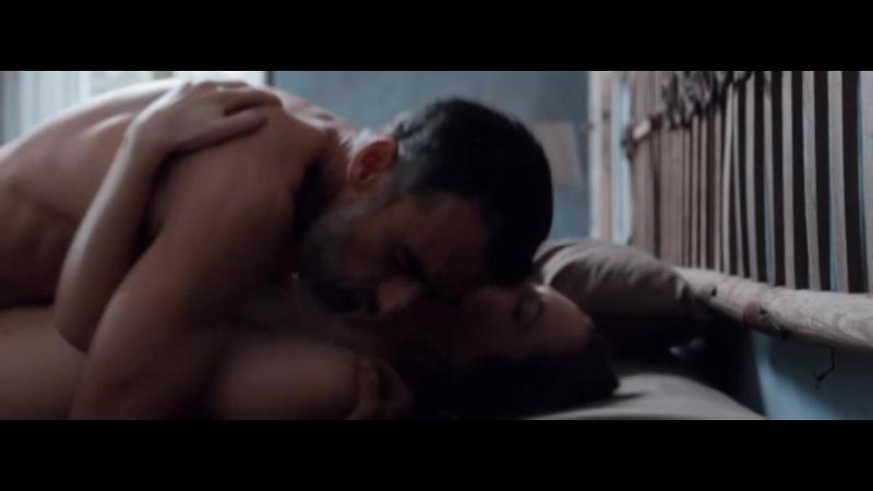 Lucia Mascino, Valentina Belle Nude - Amori Che Non Sanno Stare Al Mondo (2017)