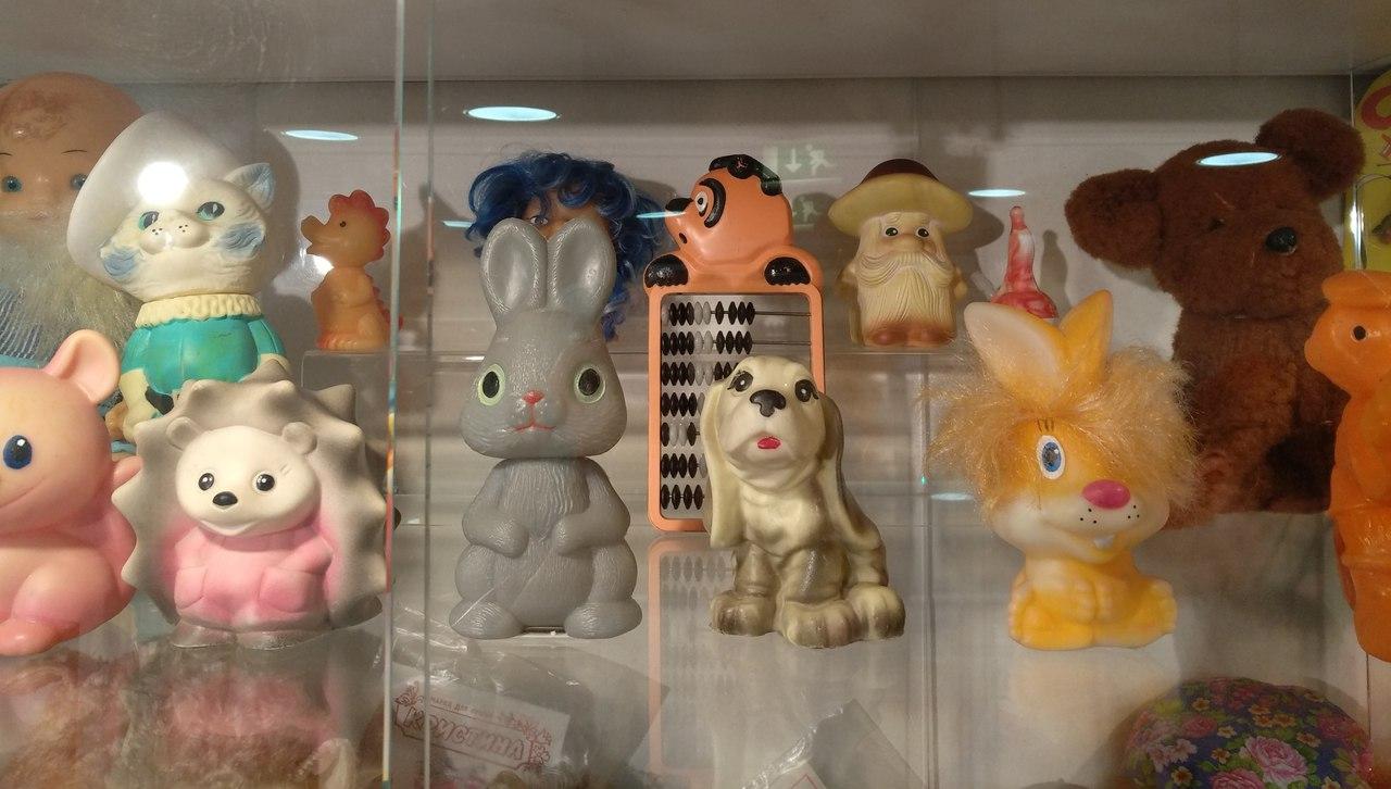 Смотровая и музей игрушек в Центральном детском магазине музей, смотровую, Очень, которыми, табличкой, Смотровая, очень, высокая, понравились, дороге, посетите, игрушек, небольшой, надеюсь, найдете, игрушки, играли, будет, детстве, нашла