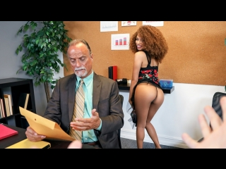 Босс наказал подчиненную Cecilia Lion - The Boss Daughter porno Work Fantasies, POV, Office, Sex, Doggystyle Blowjob Ebony