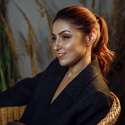 Юлия Зубанова