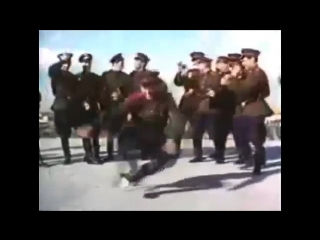 Soviet army dancing to hardbass (bassboosted)