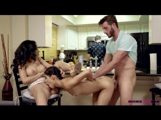Momsteachsex katya rodriguez and tia cyrus share with mommy xxx