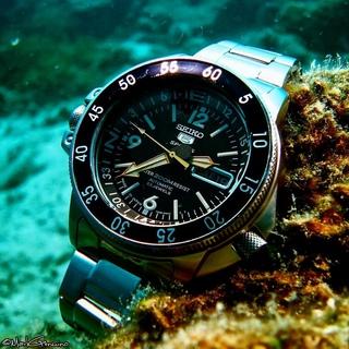 Часы барахолка продам швейцарских часов на кутузовском ломбард