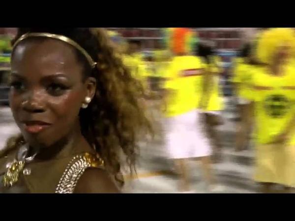 Супер афро бразильянка - танцовщица самбы на карнавале в Рио 2016